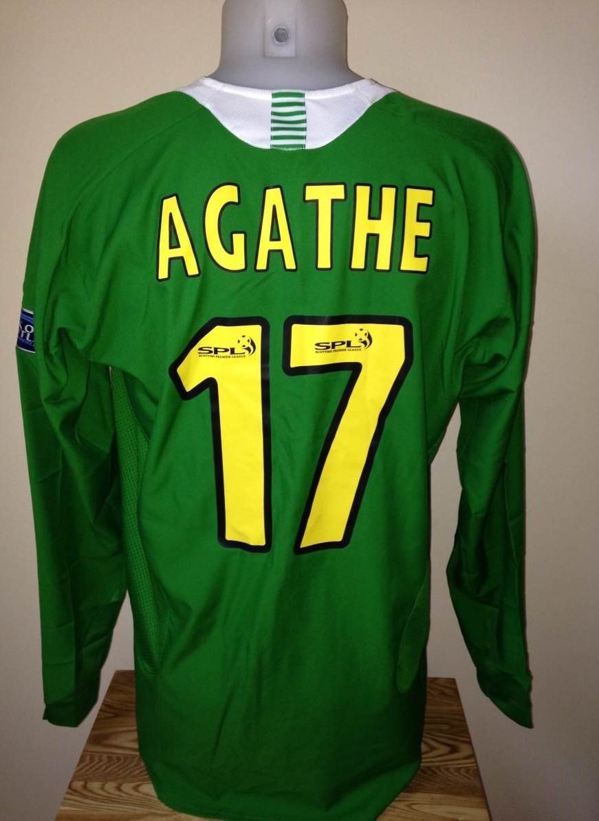 Agathe_SPL_Away_Back